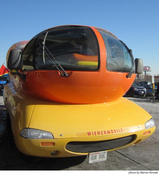 WienermobileFront9591